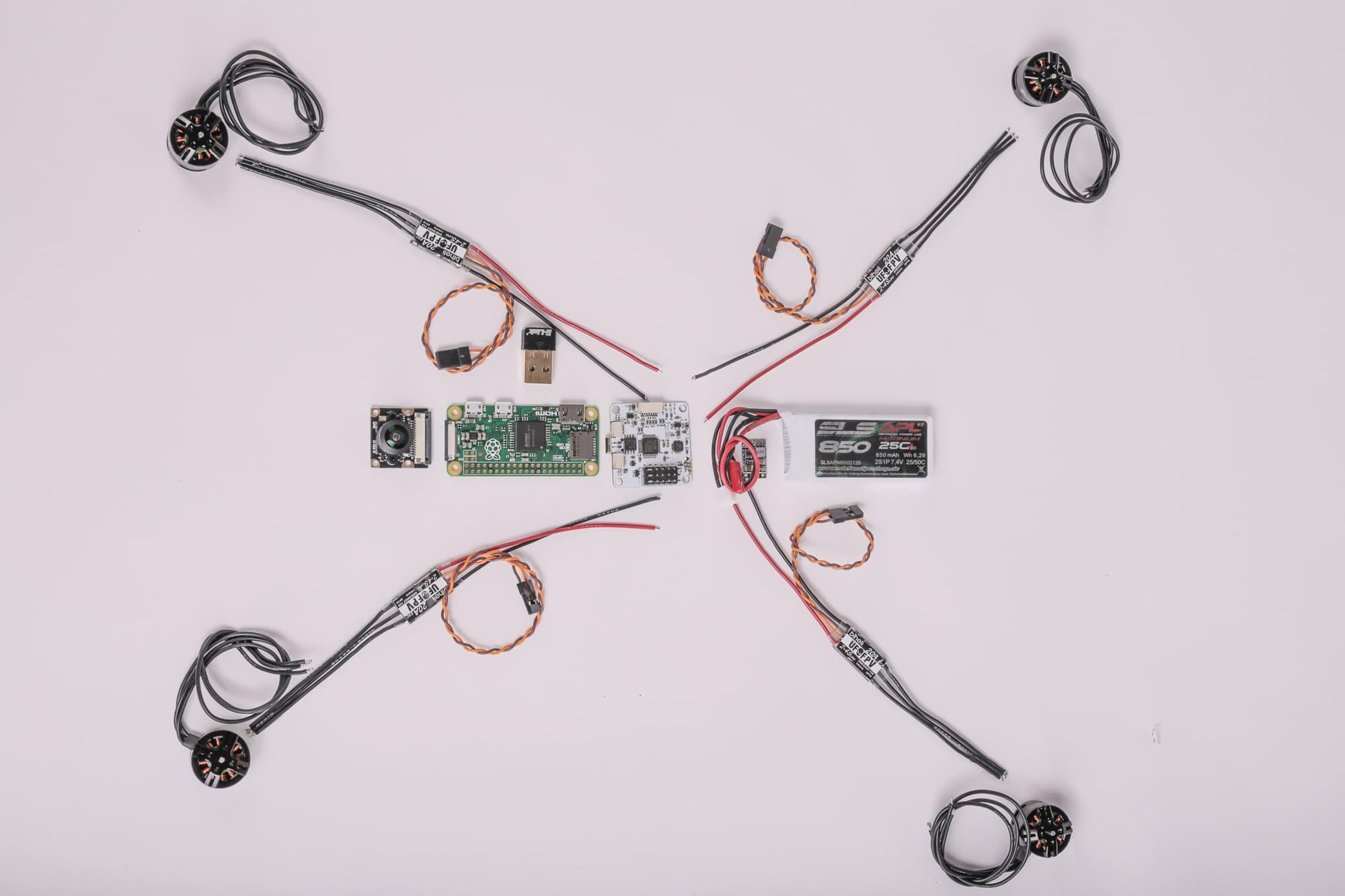 Wifree Copter Aufbauanleitung Open Diy Projects Openpilot Controller Wiring Diagram Hier Seht Ihr Die Motoren Motor Regler Der Cc3d Ein 5v Dc Wandler Den Rasp Zerro Cam Wlan Stick Und Flug Akku